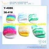 Funky Rainbow Slipper, EVA Winter Fuzzy Slipper para mulheres