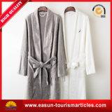 100綿のホテルの寝間着の浴衣