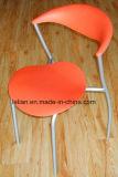 Empilhamento Armless plástico do tipo wink comentários de cadeira com pernas cromado - Acabamento Fosco (LL-0027)