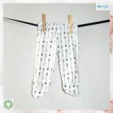 Белый младенец одевает Unisex Footed кальсоны младенца