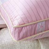 Дешевые удобные вниз Pillow для спальни