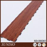 Woodgrain紫外線コーティングが付いている装飾的なPVC防水積層の木製のフロアーリング