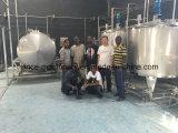 Completar bebidas línea de producción con la botella del paquete