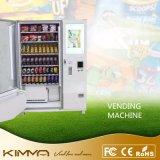 De Automaat van chips Met de Dranken van de Fles
