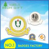 Liberare il distintivo del metallo di disegno con il prezzo personalizzato di fabbrica e di marchio