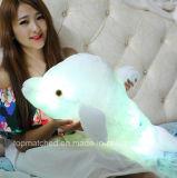 A conduit les animaux en peluche un jouet en peluche jouet en peluche lumineux colorés Dolphin