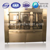 Máquina de rellenar automática llena del agua carbónica