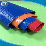 Il PVC resistente posa il tubo flessibile/tubo piani di scarico dell'acqua del raggruppamento