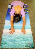 De Mat van de Yoga van het Natuurlijke Rubber van Microfiber, Aangepast Ontwerp & Embleem