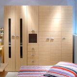 熱い販売の寝室の家具または現代ワードローブデザインまたは木のワードローブ