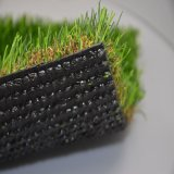Hierba verdadera para ajardinar el césped sintético Es