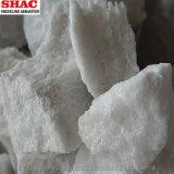 Grobe Klumpen des weißen Aluminiumoxyds