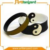 Ha annunciato il braccialetto variopinto del silicone di marchio di disegno