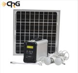 2019 L'usine génératrice domestique OEM Kits panneau PV solaire portable Système d'alimentation de l'énergie pour l'éclairage Camping