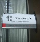 Бумажный знак кронштейна стены вставки