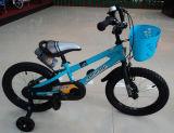 Велосипеды и Bikes мальчика для дороги задействуя, велосипеда малышей