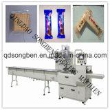 De Machine van de Verpakking van koekjes met het Opruimen en Voeder