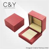 PUの模造柔らかいタッチのペーパー宝石類のリングの包装ボックス