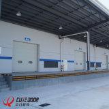 Дверь гаража фабрики и конструкции снабжения промышленная секционная сползая нутряная