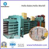 Les restes de Hellobaler horizontal de la ramasseuse-presse automatique