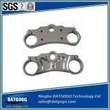 Il CNC di precisione che lavora e le parti meccaniche anodizzate naturali di alluminio della pressofusione