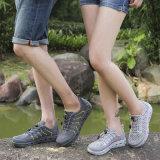 Ботинки воды с легковесом атлетического спорта сетчатого качества поверхности Breathable для гуляя пляжа обувают Esg10367