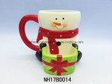 Tazza di caffè di ceramica della Santa con il supporto del biscotto