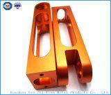 Часть профессионала подвергли механической обработке CNC, котор с алюминиевыми частями анодировано
