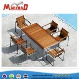 庭の喫茶店の余暇アプリケーションのためのMordenのチークの木製の屋外の家具