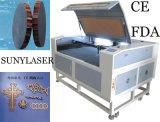 Машина лазера с камерой CCD для ткани/товарного знака