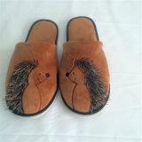 Deslizador animal do luxuoso quente do Hedgehog de Brwon da venda para o agregado familiar