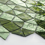 Зеленые листы плитки мозаики стекла вырезывания для кухни Backsplash
