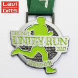Médaille faite sur commande en gros bon marché du sport 3D en métal avec la bande