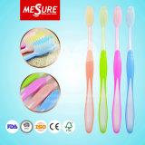 Cepillo de dientes adulto del masaje de la goma aprobado por la FDA