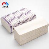 Multi plier main serviette de papier blanc et couleur naturelle