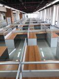 Simple et mobilier de bureau en bois Bureau avec Partition de l'écran