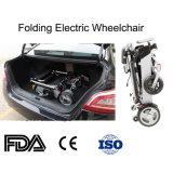 Les enfants utilisent le scooter pliable de fauteuil roulant électrique
