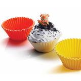 De reeks van het Baksel van 6 Silicone vormt de Opnieuw te gebruiken Voeringen van Cupcake van het Silicone tot een kom
