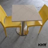 La Tabella quadrata di Seater della pietra bianca di superficie solida 4 ha impostato per sala da pranzo