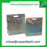 Sacco di carta personalizzato del regalo della torta della caramella di natale con la maniglia tagliata