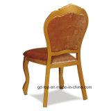 O Fraxinus Mandshurica imitou a cadeira de madeira