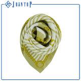 Handgemachter eleganter übergrosser quadratischer Twill-Silk Schal 90X90