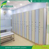 Casier de rangement en salle de bain en stratifié HPL de 2 niveaux jusqu'à 4 niveaux