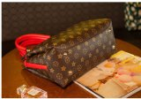 2017 het Nieuwe Trendy Klassieke Ontwerp van het Product voor het Leer van de Vrouw Pu Dame Handbags