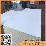 Le mobilier blanc de qualité placage reconstitué face contre-plaqué