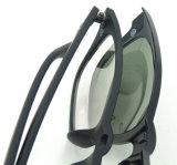 I vetri magnetici di nuovo disegno F17894 hanno polarizzato la clip di vetro ottici dell'obiettivo sopra