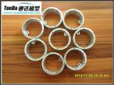CNC que gira e que mmói com material de alumínio