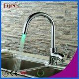 Fyeer torneira de cozinha de dente de latão de diodo emissor de luz, poder por pressão de água, sem bateria torneira de misturador de água Bibcock