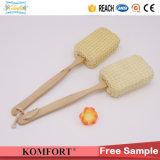 De madera de largo mango exfoliante cuerpo de vuelta Scrubber Sisal baño cepillo (KLB-124)