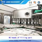 Mineral / Beber agua de la máquina de embotellado
